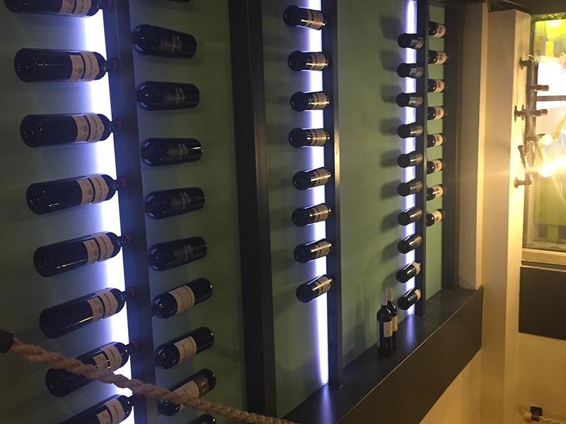 La Cava 5 Marzo - vitrinas para vino vinoteca