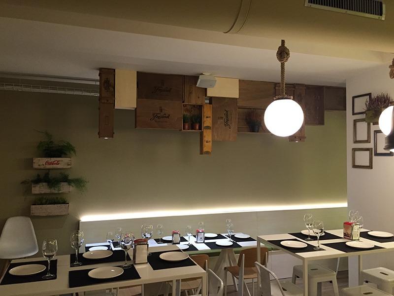 La Cava 5 Marzo - mesas para restaurante