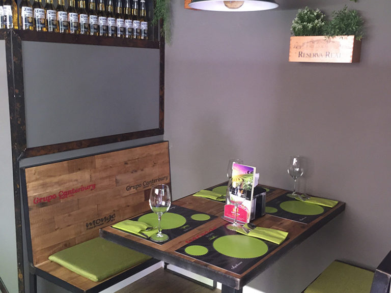 La Cava Actur - estilo restaurante