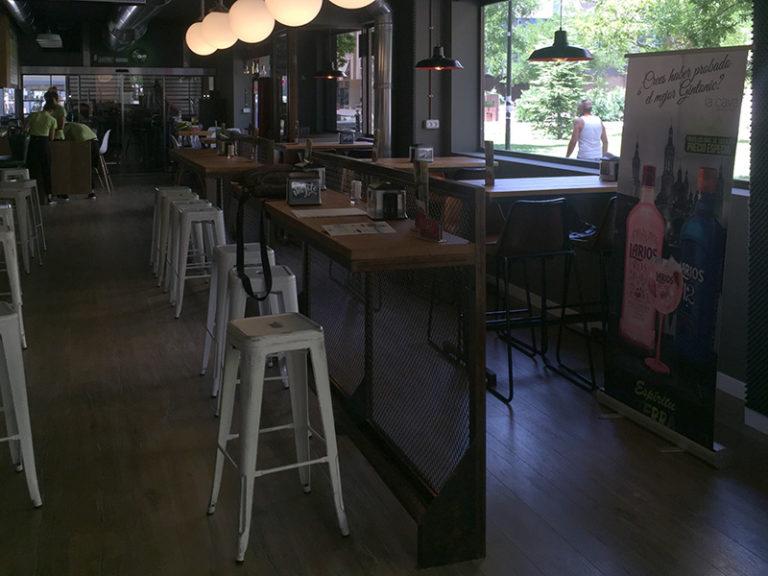 La Cava Actur - banquetas restaurante diseño