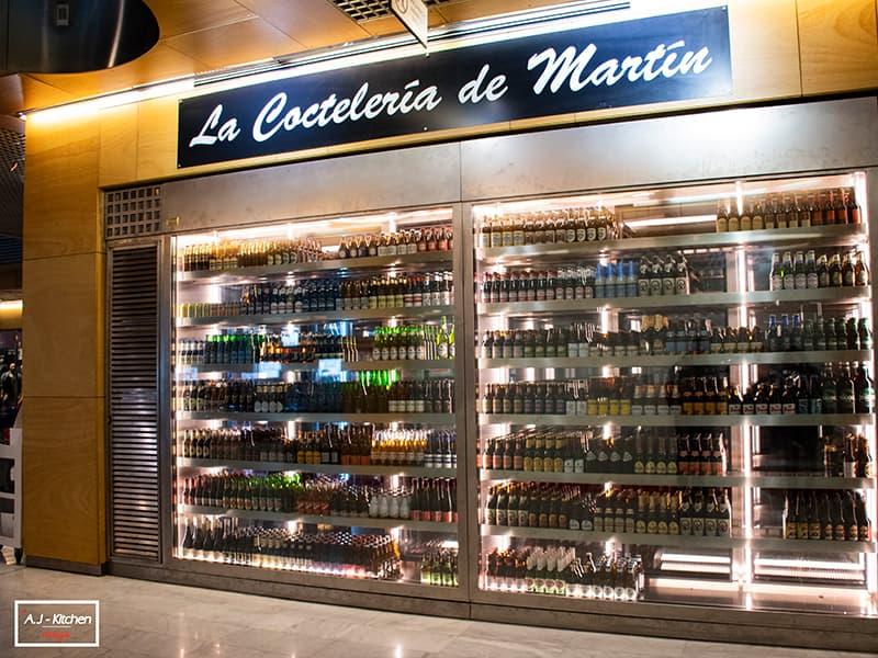 La Coctelería de Martín vitrinas de vinos