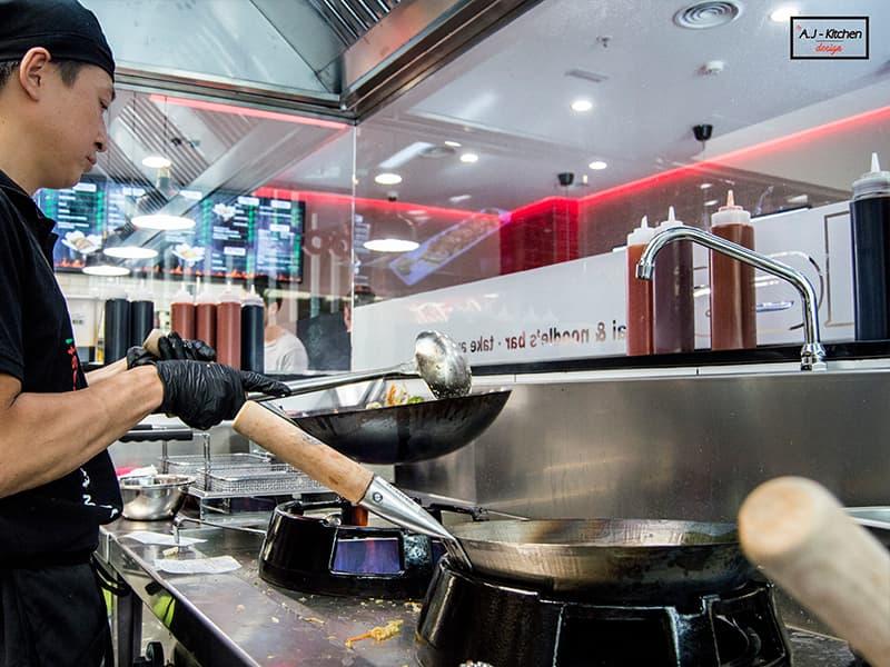 Hits Noodles cocina industrial acero inoxidable