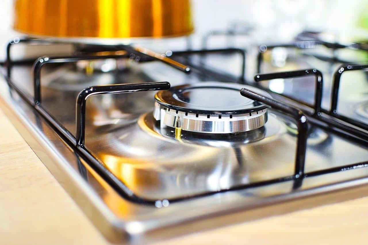 cómo limpiar el acero inoxidable en maquinaria de hostelería