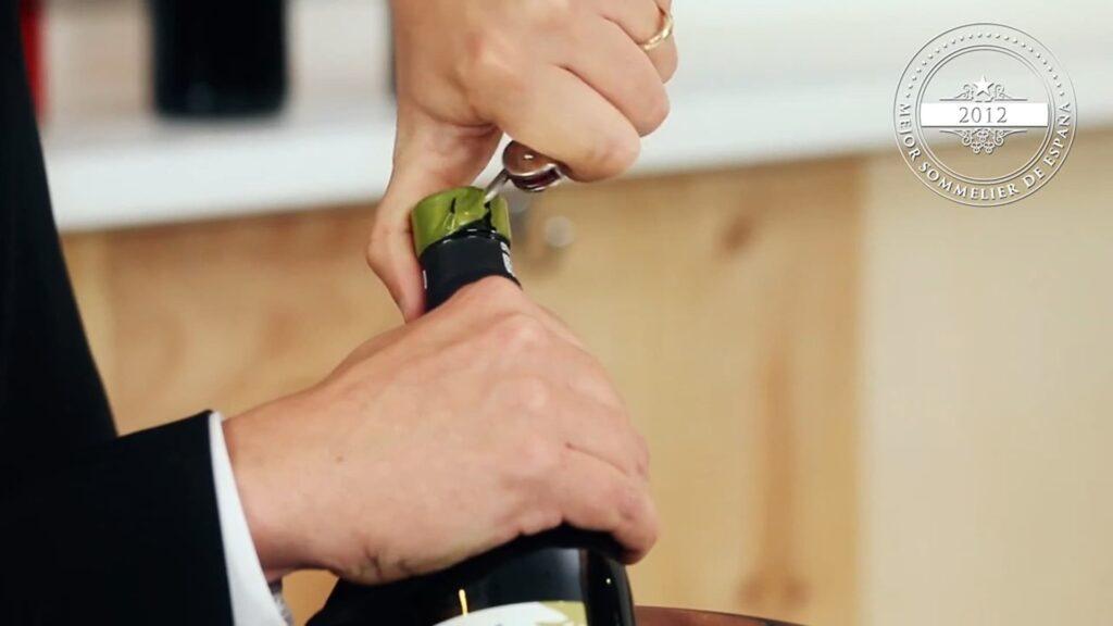 abrir una botella de vino 1